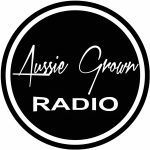 LOGO Aussie Grown Radio cropped close CLEAN